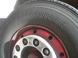 Megbízható és jó tapadást biztosító Bridgestone téli gumi