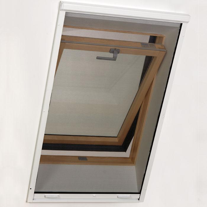 Célszerű szúnyogháló tetőablakra való felhelyezése